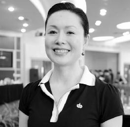 """著名的鞠萍表演艺术家冯玉萍说:""""粉丝们的掌声让我在鞠萍舞台上坚持了37年。"""""""