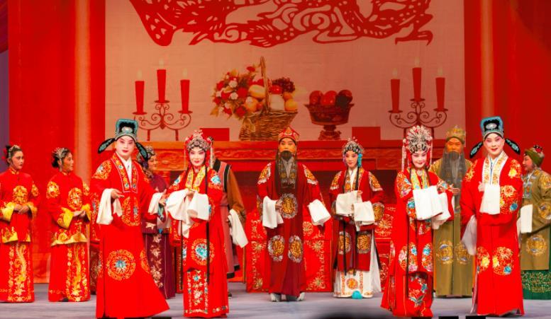 平剧《以花为媒介》今天在中国大剧院上演