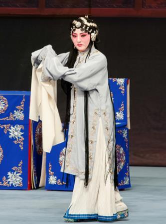 天津海河剧院将于2018年6月16日演出民谣《烧骨》。