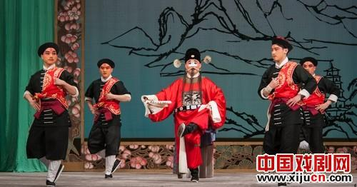 国家京剧剧院将举行一场纪念春草奔进大厅50周年的演出。