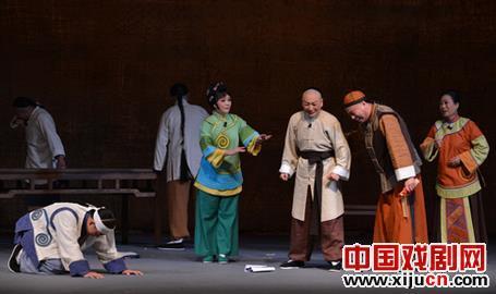 戏剧内外的三个困境也和天才一样——歌谣《从春天歌唱到秋天》的文本创作特征