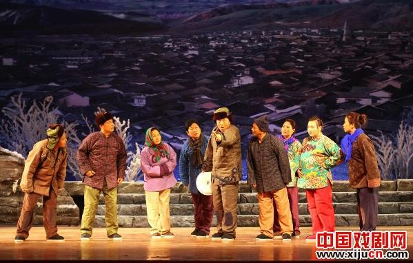 天津平剧剧院第三组演出大型现代戏剧《非凡的母亲》