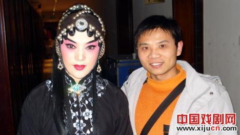 刘萍、王冠丽与评剧大师秦香莲联手