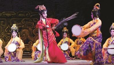 第二届江苏艺术展月的首场演出是一部新的历史京剧《如记》