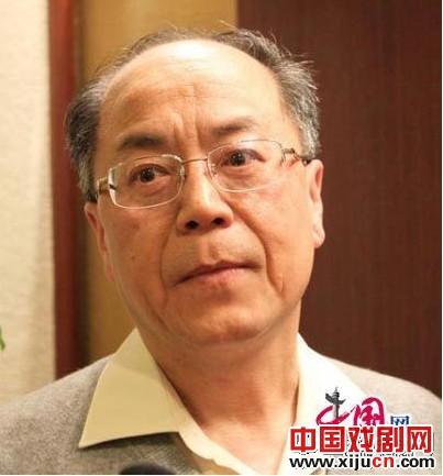 耿启昌:京剧不应该太注重现代舞技巧。