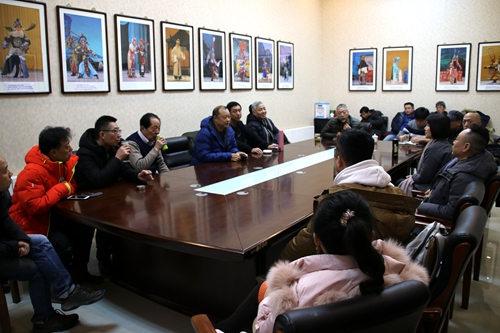 重庆京剧团带着经典、优秀的戏剧《朱连斋》和《玉堂春》来到天津,开展中国京剧视频采集项目的音像录制工作