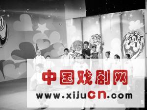 央视少儿频道第二起跑线节目组来到深圳制作特别节目《宝安京剧宝贝》