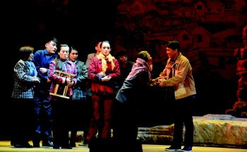 强茂的戏剧《乡党委书记张玉刚》将在中国平剧剧院免费上演。