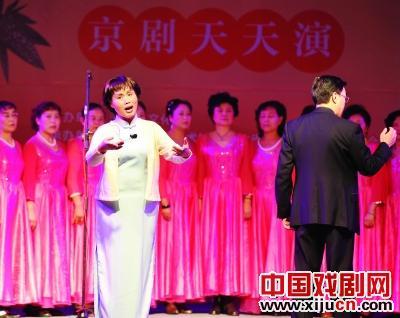 中国前十名之一的陶丽娜和中国前十名之一的孙亚玲将在同一个舞台上表演。