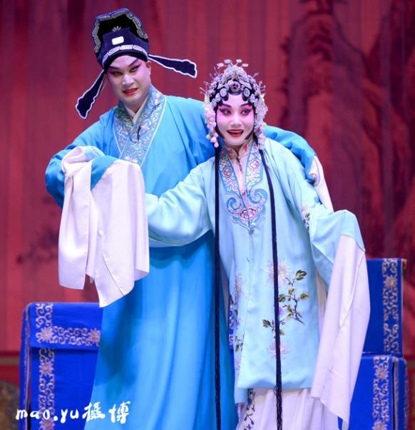 王小玲、平举《李三娘》