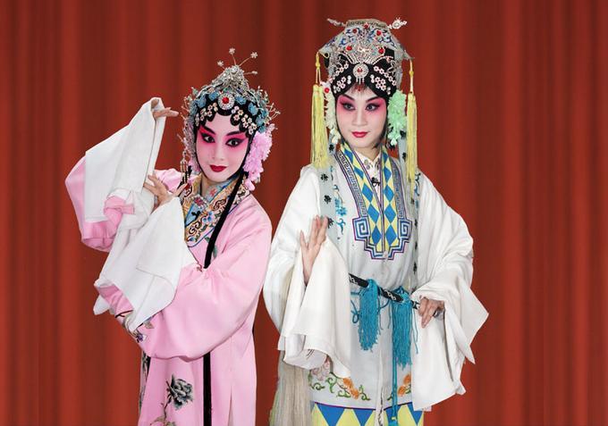 天津平剧剧院今晚将演出平剧《桃花寺》。