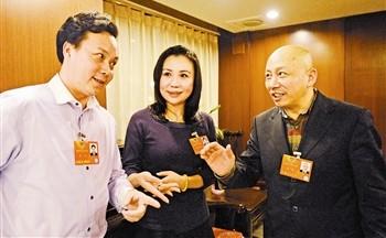 赵秀君、孟广禄和张克在两会之间排练了《秦香莲》。