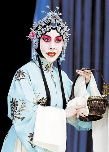 京剧《刘兰芝》让王冠丽受益匪浅