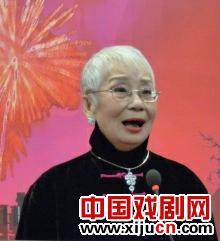 小余霜天津亮相舞台讲述白派家族的艺术生活