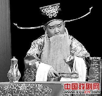 郭德纲带领德云评剧社上演《凤还巢》等四部评剧
