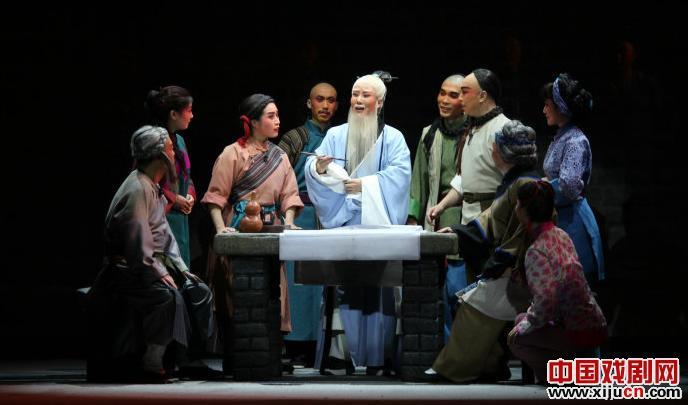 古灵秦是一个高尚的人,朱彝和袁志是同一个金剧《傅山进京》