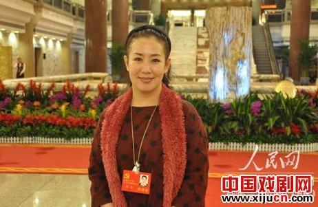 谢涛认为,应该为年轻人提供接触传统文化的平台。