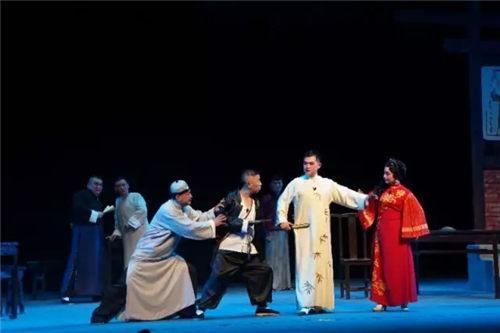 """平举""""血胆玛瑙""""参加第十一届中国平举艺术节"""
