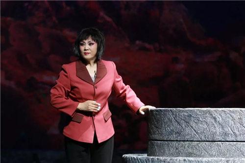 石家庄歌谣剧院青年歌谣团创作的现代歌谣磨盘歌谣出现在第十一届中国歌谣节上