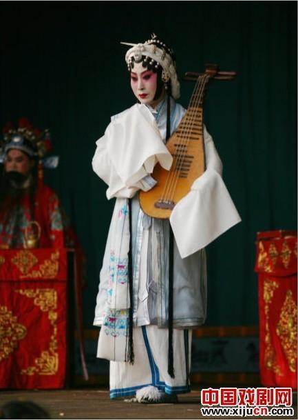 小刘萍将带领静海评剧团去东丽徐庄村表演一场白色学校的特别表演