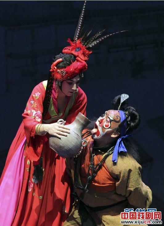 京剧艺术节上演新剧《悲伤的钟楼》