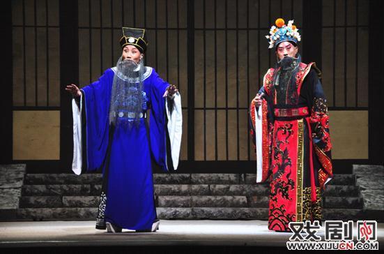 新的历史故事剧《铜牛的故事》再次出现在古城Xi。