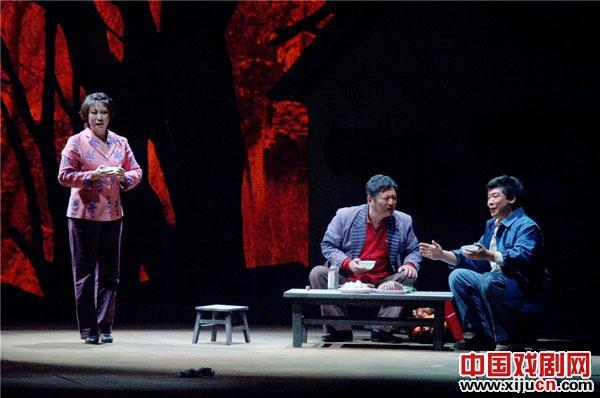 现代平剧《乐清》出现在第四届全国优秀地方戏表演中