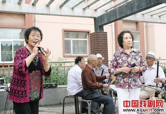 太行山山顶艺术奇迹的崛起——和顺县老干部艺术团以老有所乐成就记