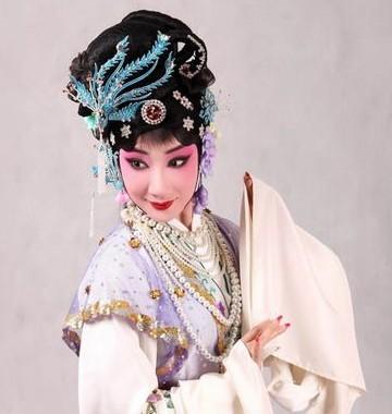 第五届中国京剧优秀青年演员研究生和第一届流派班学生报告京剧《卓文君》