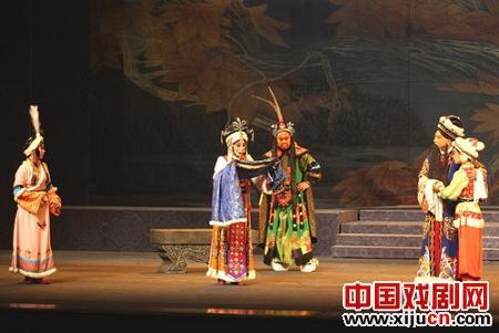京剧《北风紧》的演唱和音乐非常成功。