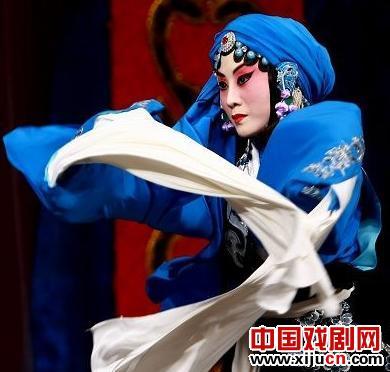 张丁火:不再迷恋京剧,但仍然要求很高