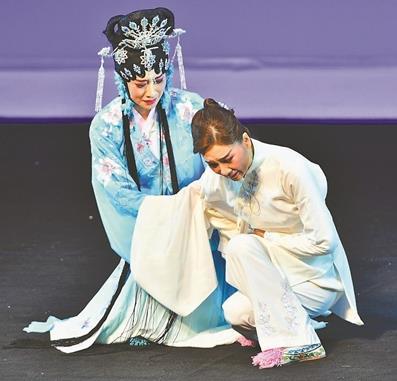 京剧《青衣》给台湾带来轰动