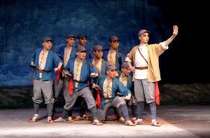 《红色经典:现代京剧的精髓》在南宁首映