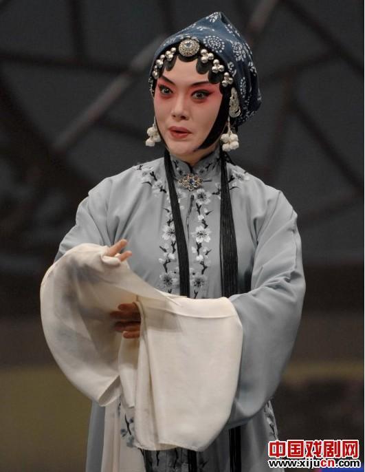 王冠丽王杰滕建东主演了民谣《秦香莲》