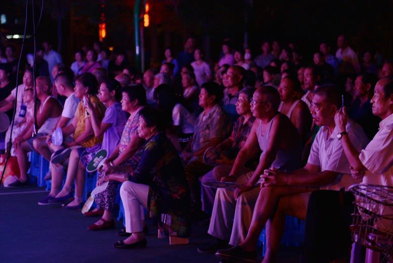 """平阳里社区韩风平剧团""""文明依靠每个人,快乐你,我,他""""平剧专场演出"""