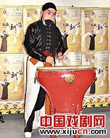 京剧《老戏新唱》深受歌剧迷的喜爱。