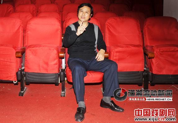 """湖南京剧团前团长张富光说:""""京剧是中国文化的精髓,为什么剧团如此落魄?"""""""