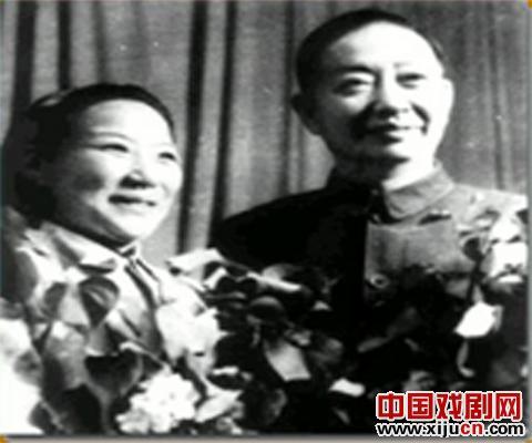 丁果仙谈北京表演歌唱改革
