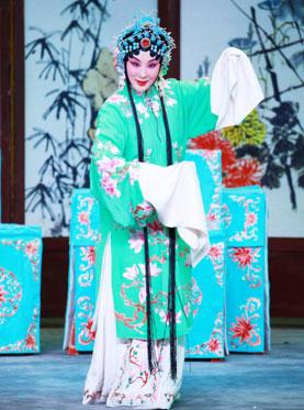 北京长安大剧院于2月24日上演了京剧《索林胶囊》