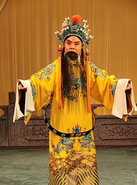 9月18日,长安大剧院上演了京剧《仙草窃贼》和《逍遥津》。