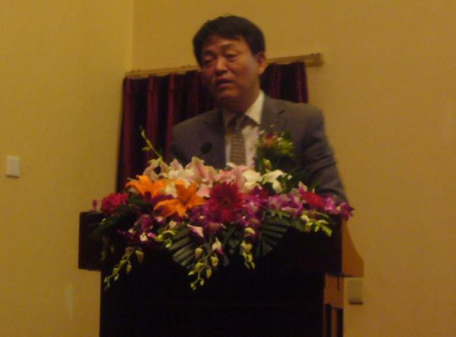 一场新的大型金剧《王家园》公演大会在北京举行