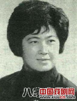 著名评剧表演艺术家李夏虹的艺术道路