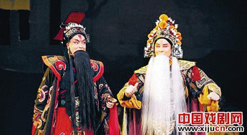 沈阳京剧剧院的大型历史剧《陶将军》在本届京剧节上获得金牌,成为新中国成立以来沈阳京剧剧院获得的最高奖项。