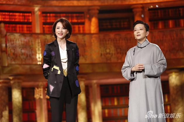 董卿称赞著名京剧演员王佩瑜:玉佩,她是个有才华的女人