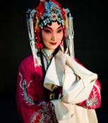 在国家京剧剧院成立60周年之际,人们看到了京剧《索林胶囊》的优秀剧目