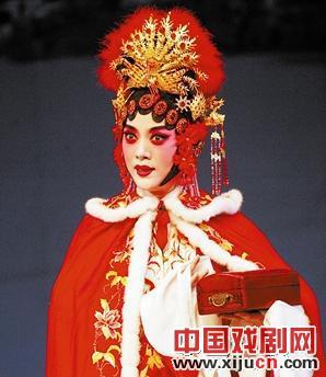 王冠丽主演了民谣《杜十娘》