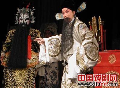 """著名的评剧梆子唱出""""中国魅力"""""""