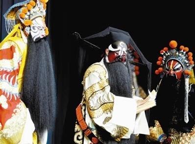 天津京剧院新曹学派经典传统戏剧《查法官》首演