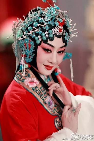 京剧《寻根之旅》李胜素谈如何欣赏美派
