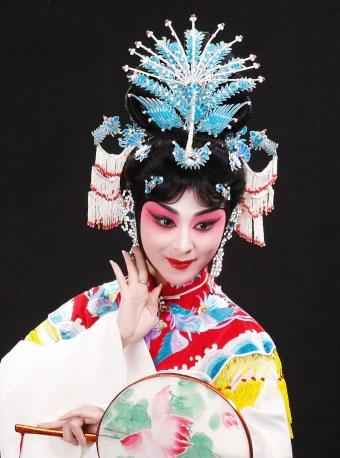 7月22日,长安大剧院上演了京剧《谢瑶环》